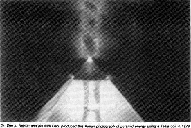 silata-na-piramidite-Tesla