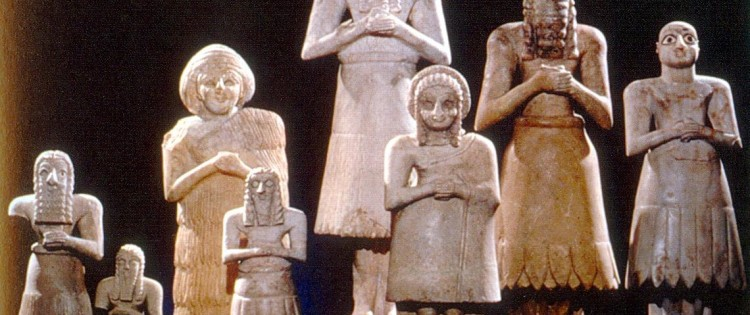 normal-looking-sumerian-statues-compare-to-reptilian-statues
