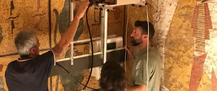 An Italian team tries to unravel the mysteries of Tutankhamun's Tomb